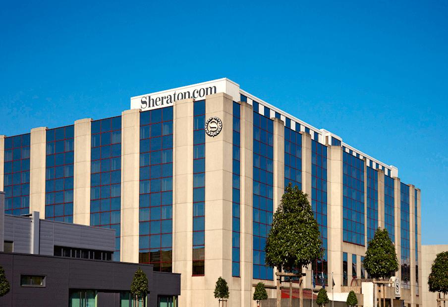 Sheraton logo in Brussel Zaventem Airport
